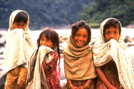 Inquisitive Nepali girls on the Sun Kosi